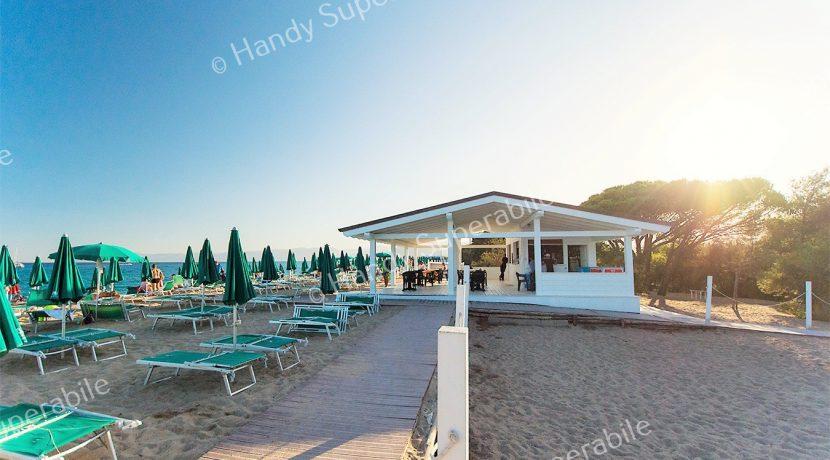 bar-spiaggia-tramonto