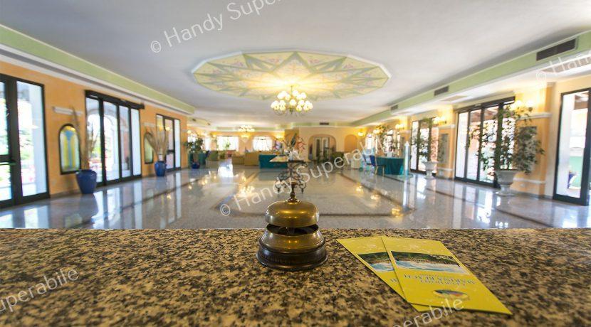 club-hotel-marina-beach-reception