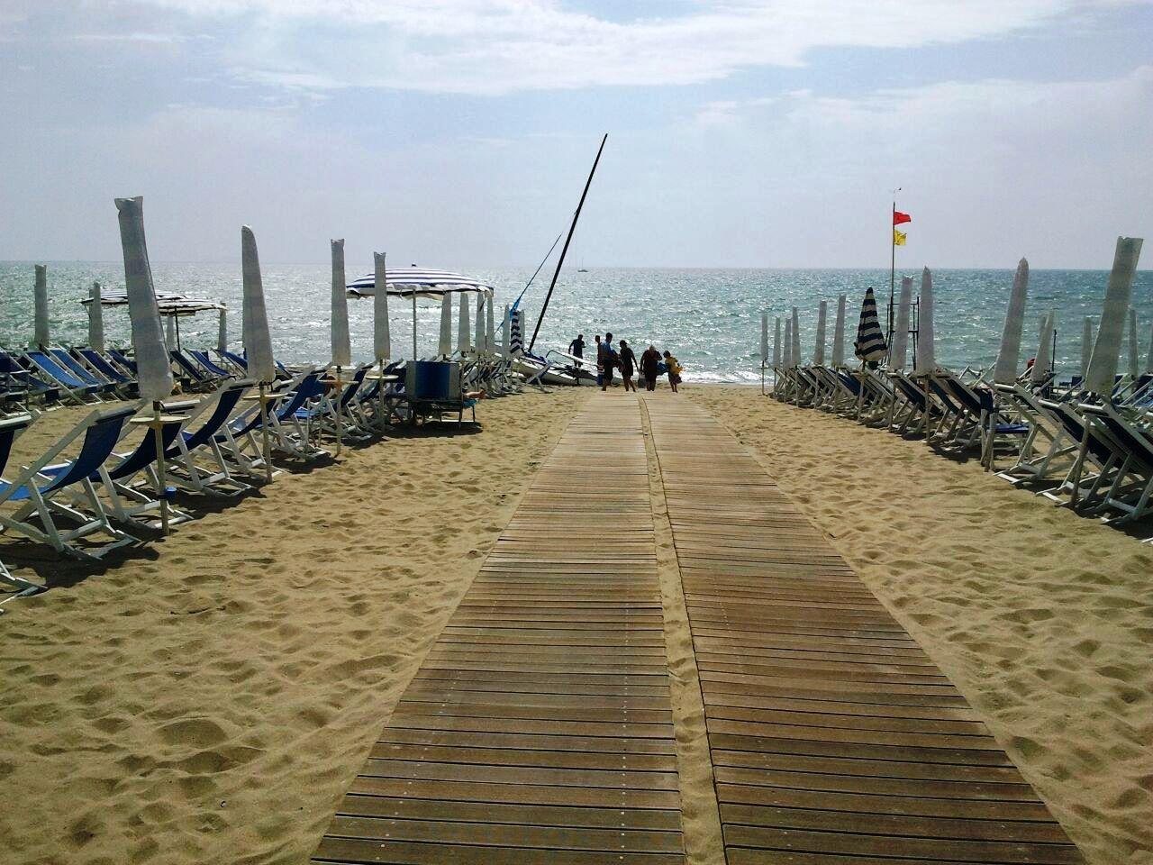 Spiaggia attrezzata lido di camaiore lu bagno paradiso