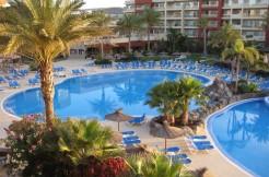 ELBA-CARLOTA-Iclub-ALPITOUR-SPAGNA-Fuerteventura-PISCINA4 (Medium)