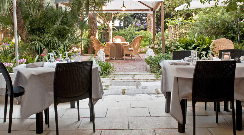 Hotel-Ausonia_bagno_ausonia_Follonica_giardino2