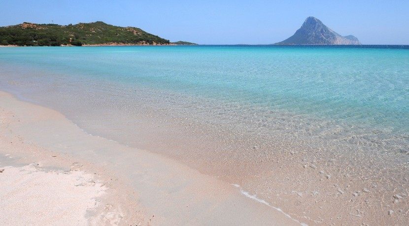 wonderful-sardinia_slider_san-teodoro-3