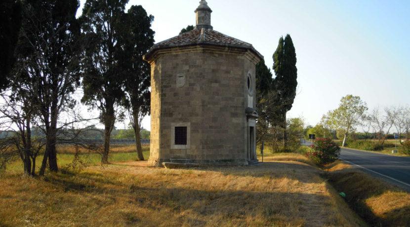 Davanti San Guido Bolgheri Carducci Simone Maria della Gherardesca oratorio chiesa 3