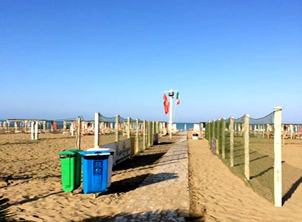 Bagno pineta beach handy superabile - Bagno moreno marina di grosseto ...