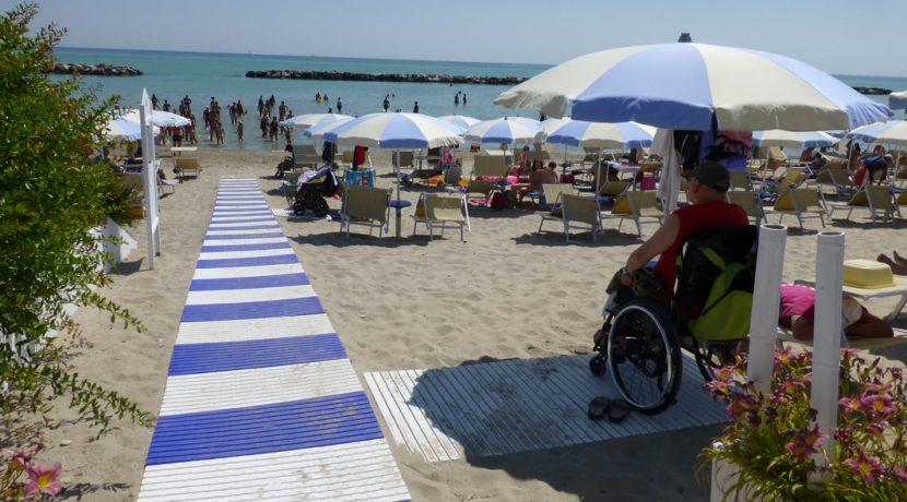 spiaggia-accessibile_cupra-marittima_liberty-casa-albergo