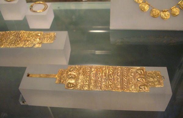 120_armilla d'oro-vetulonia Tomba del Diavolino II