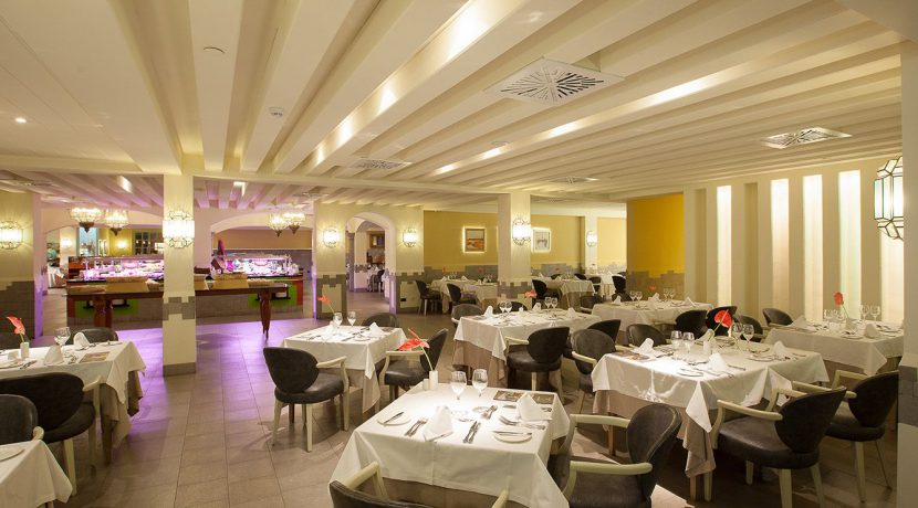 Hotel-Lopesan-Villa-del-Conde-buffet-casa-vieja84