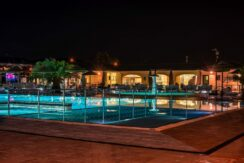 piscina-veliero-notte_04-1440x962
