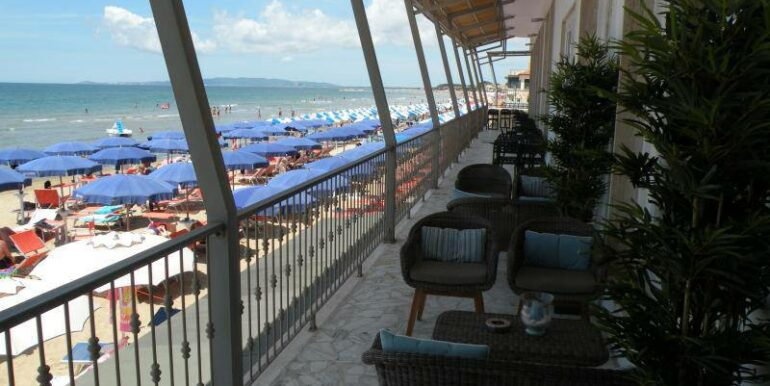 hotel-follonica-terrazza-vista-mare-01